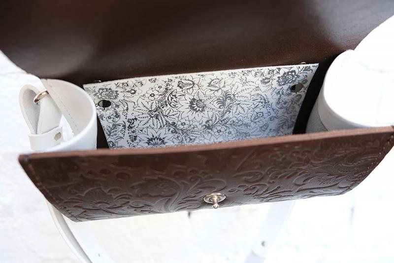 Сумка CODE: UNIK LB «Тёмно-коричневая» с цветочным тиснением, белыми боковинами и белыми ремнями